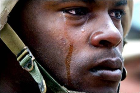 6427_IraqSoldierCrying