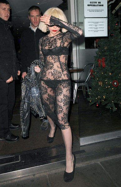 Gaga+s+lady+lace+W66MX84dOk3l